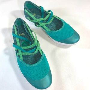 Teva Hydro-Life Turquoise Slip-On Shoes 7.5 NEW
